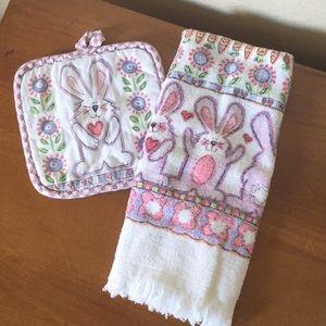 Bunny Pot Holder & Kitchen Towel Set